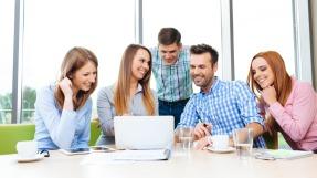 Gruppe junger IFA Mitglieder